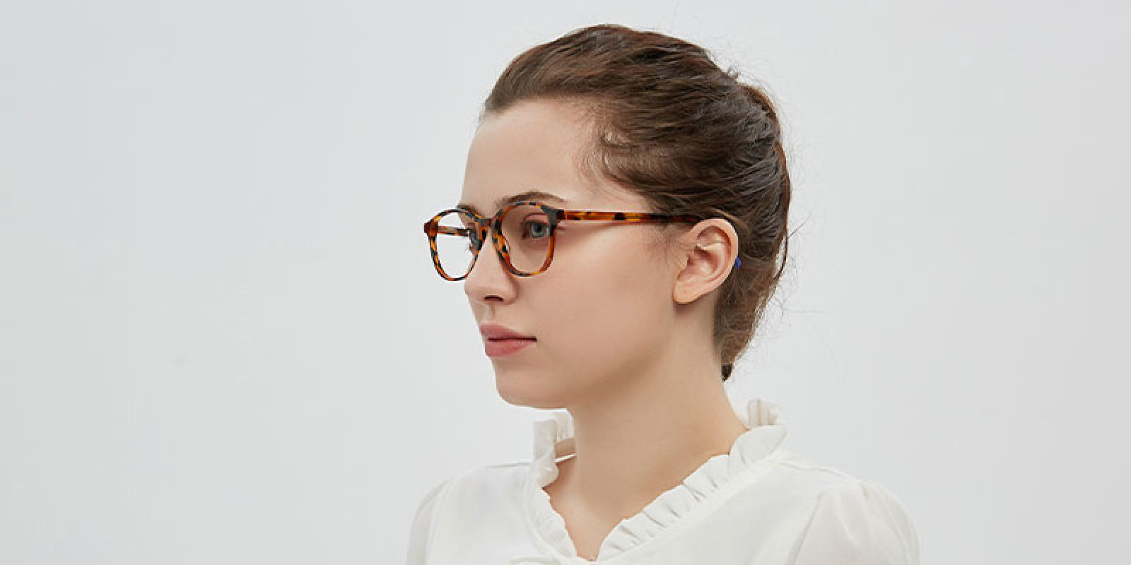 Connotation-White-Acetate-Eyeglasses-detail2