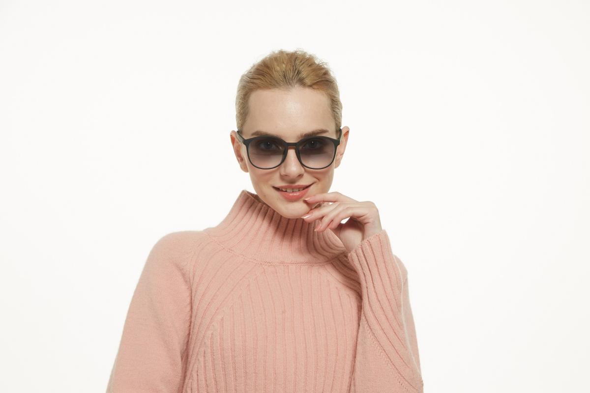 Kolins-Black-TR-Eyeglasses-detail