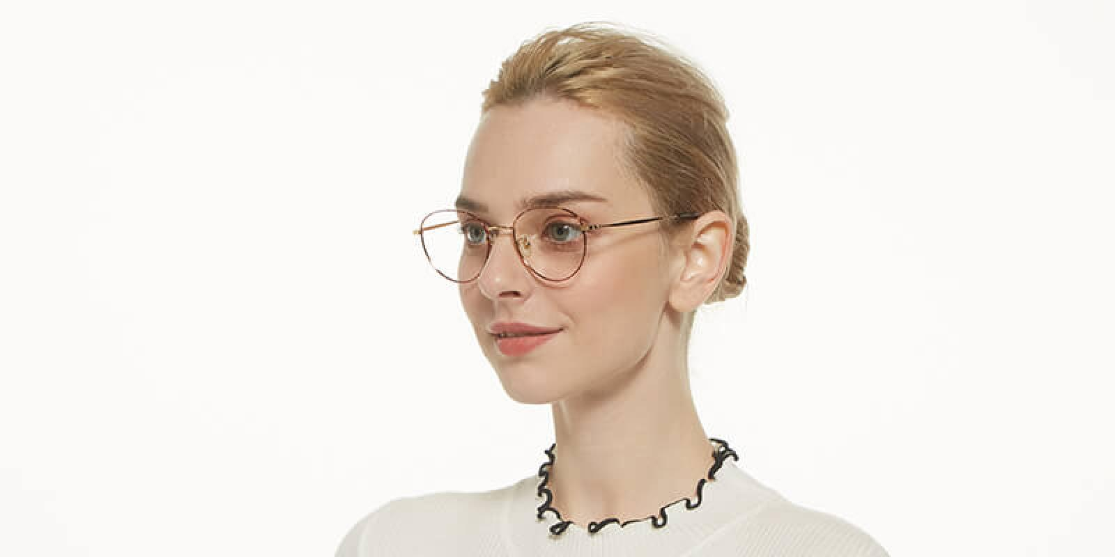 Litteray-Pattern-Titanium-Eyeglasses-detail2