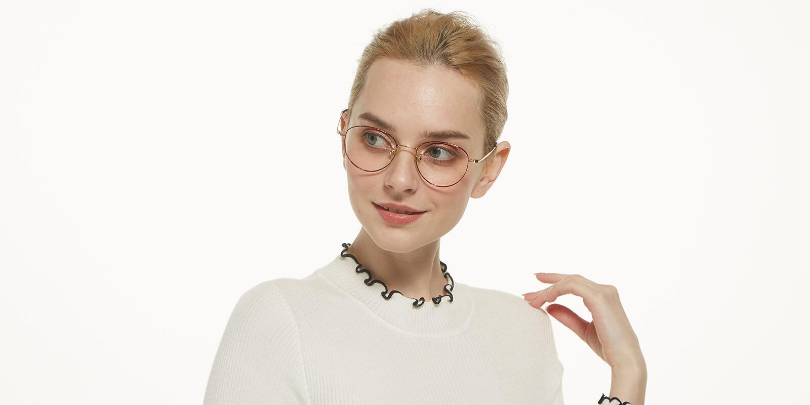 Litteray-Pattern-Titanium-Eyeglasses-detail4