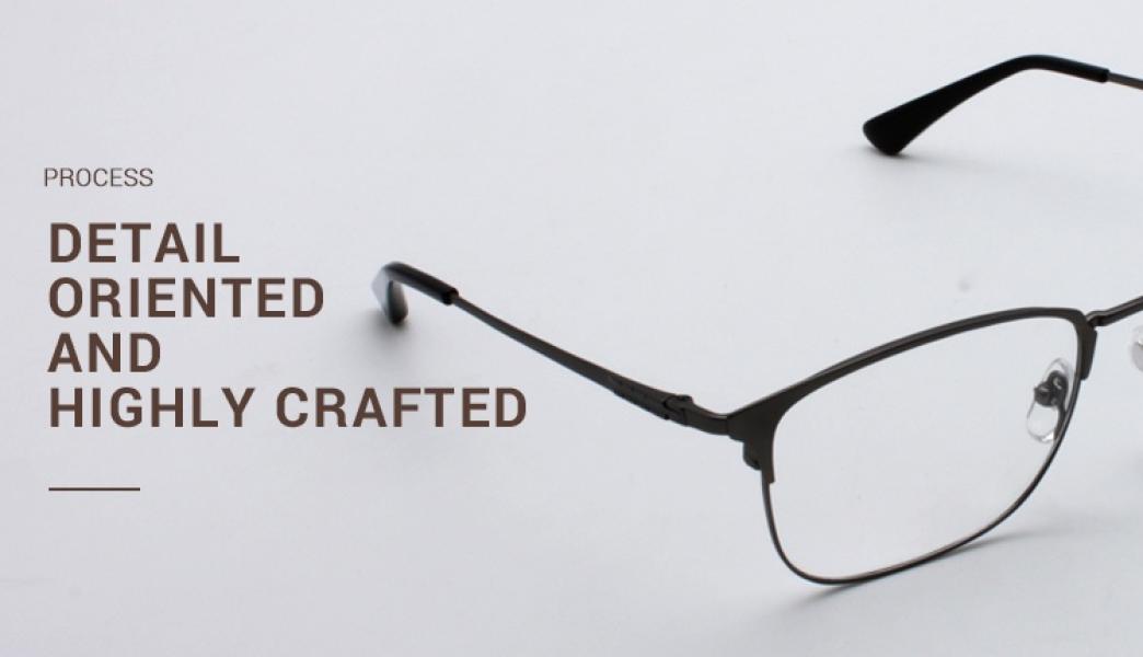 Christina-Gun-Titanium-Eyeglasses-detail4