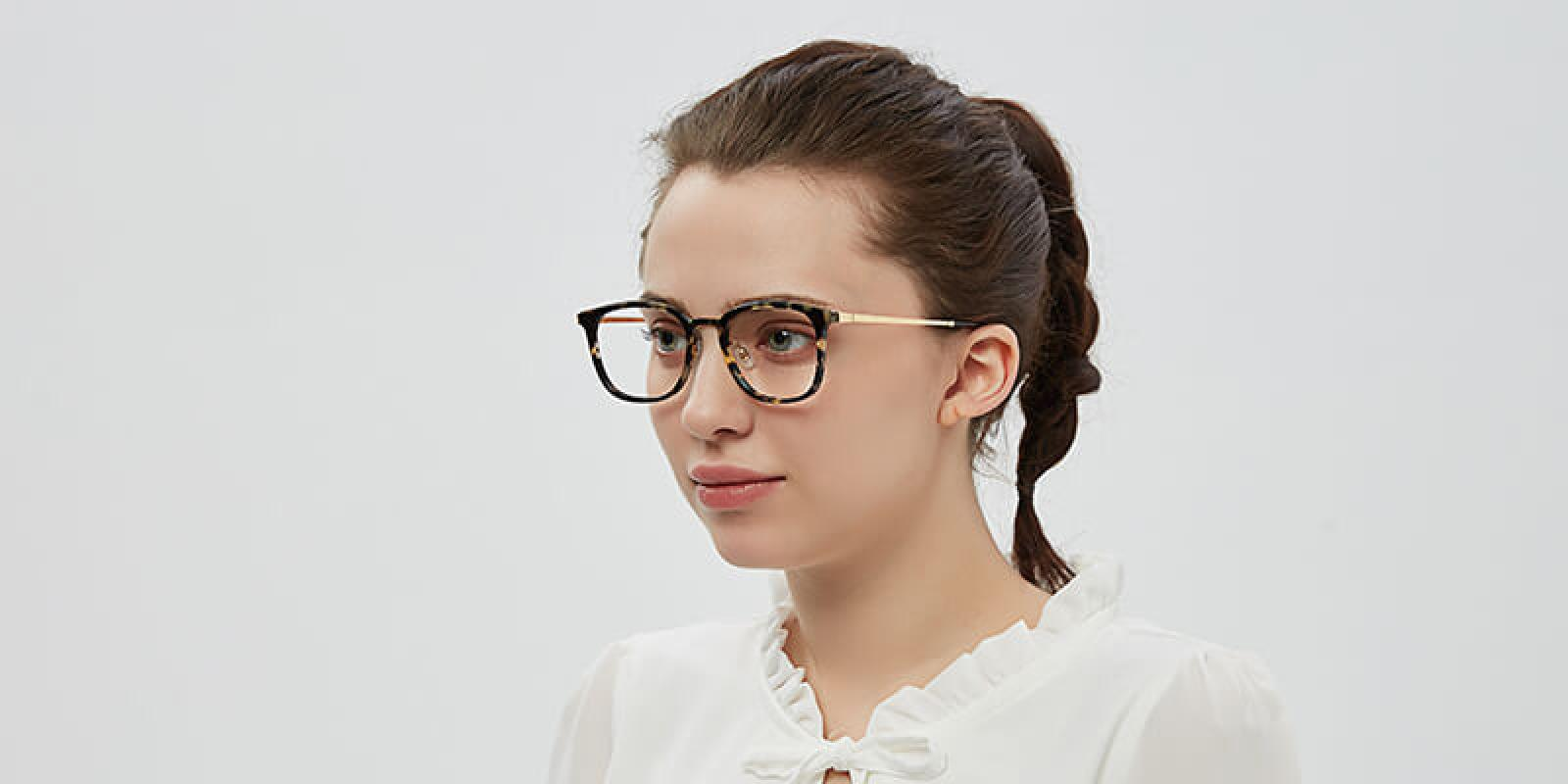 Keronito-Leopard-Metal-Eyeglasses-detail2